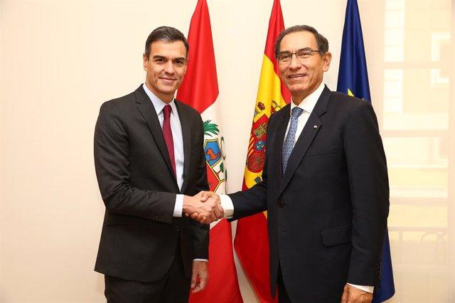 El presidente del Gobierno, Pedro Sánchez, recibe al presidente peruano, Martín