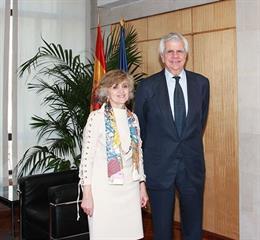 La AECC se reúne con Carcedo para reclamar una Estrategia Nacional de Investigac