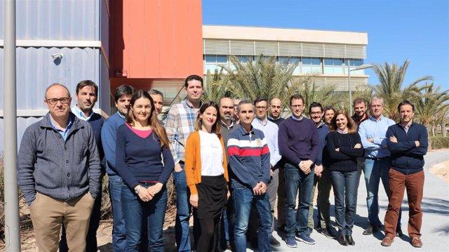 El equipo de la UMH de ingeniería I3E.