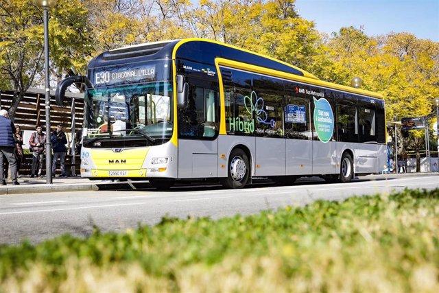 El AMB conecta Sant Just Desvern con Zona Universitaria cada 20 minutos con la n