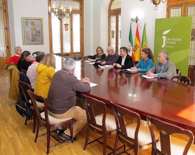 Reunión con la Unión Provincial de Federaciones de Asociaciones Vecinales, CAVA-
