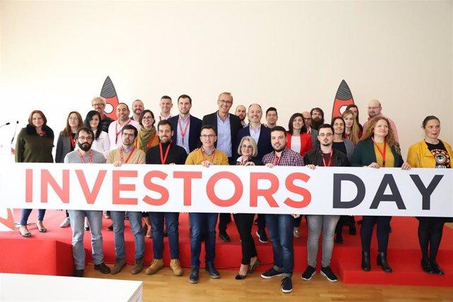 Participantes en el evento Investors Day