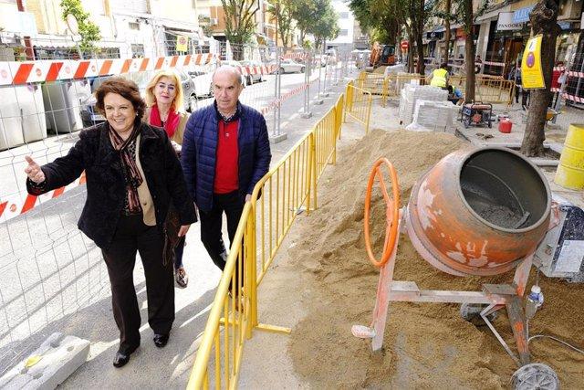 Ayuntamiento inicia obras de reurbanización del acerado de Santa Cecilia, en Tri
