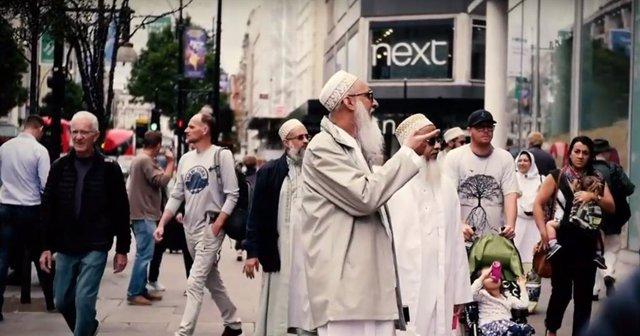 La integración de la comunidad musulmana, a debate en el documental 'Occidistán'