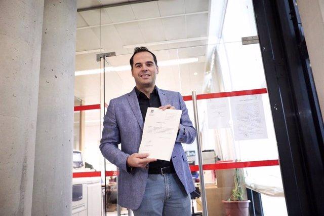 El portavoz de Cs Ignacio Aguado presenta las enmiendas parciales