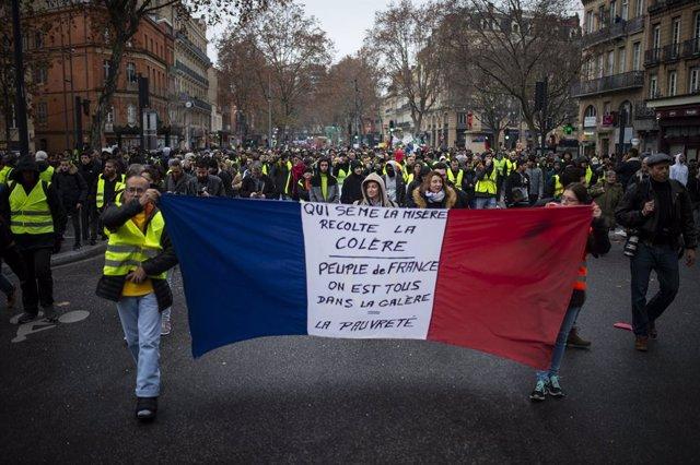 Imatges de les concentracions a Tolosa de Llenguadoc en el cinquè dissabte de pr