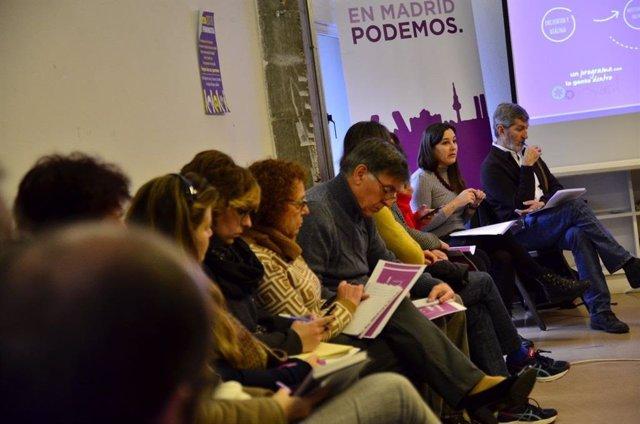 Julio Rodríguez con colectivos sociales