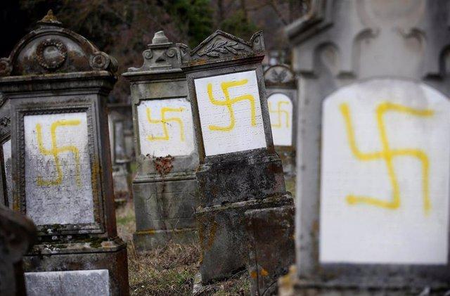 Ataque antisemita a un cementerio cerca de Estrasburgo