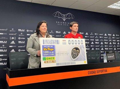 La ONCE dedica un cupón al Valencia para conmemorar su centenario