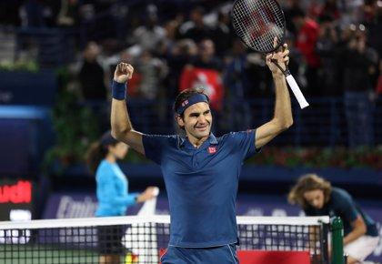 """Federer: """"No sé si Tsitsipas ya había nacido cuando gané mi primer título"""""""