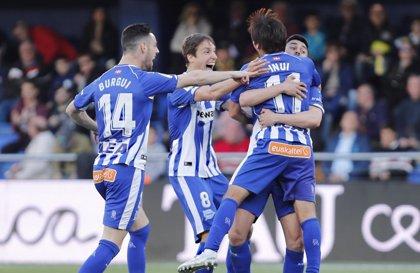 El Alavés pisa Champions y el Huesca se lo cree ante el Sevilla
