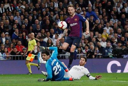 Otra fiesta del Barça en el Bernabéu
