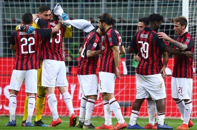Los jugadores del AC Milan celebran una victoria