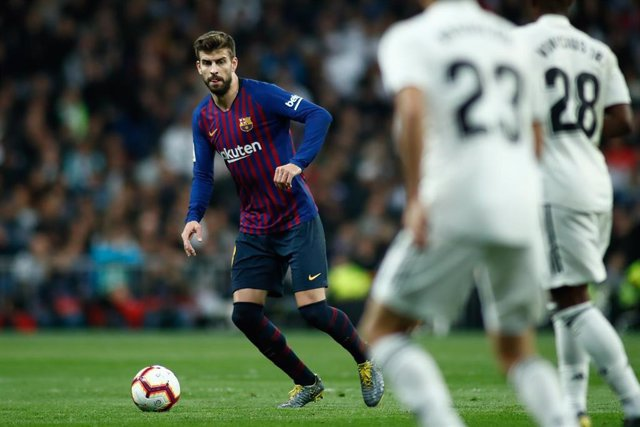 Soccer: La Liga - Real Madrid v FC Barcelona