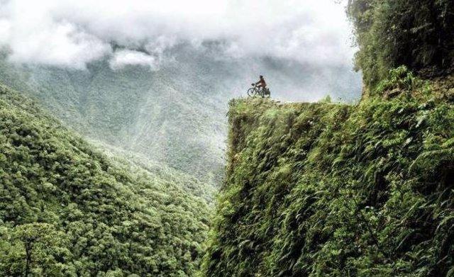 La Carretera de la Muerte en Bolivia, el enigmático camino hacia el fin del mund