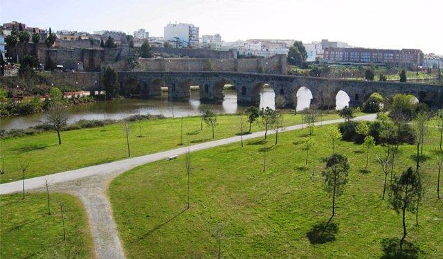 El Ayuntamiento de Mérida iniciará las obras de alumbrado de los paseos y zonas