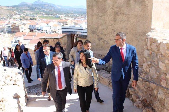 Granada.- Íllora inaugura la primera fase de la restauración de su castillo en l