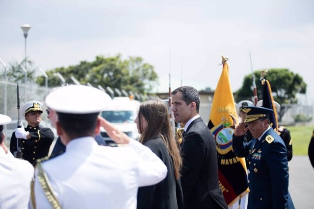 Juan Guaidó llega a Ecuador en su gira internacional por Latinoamérica