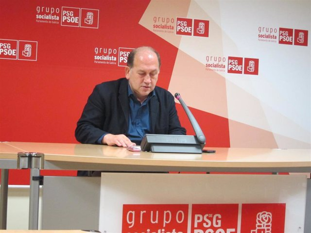Rueda de prensa del portavoz parlamentario del PSdeG, Xoaquín Fernández Leiceaga