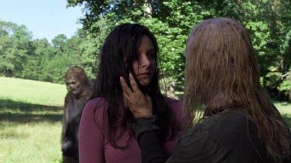 """Violencia gratuita"" y ""asquerosa"": Fans de The Walking Dead critican la brutal escena de Alpha en el 9x12"