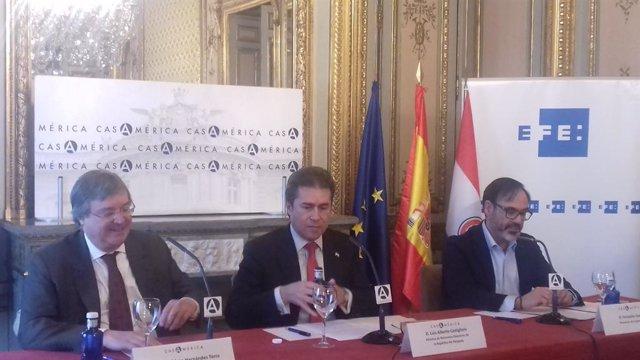 El ministro de Exteriores de Paraguay, Luis Castiglioni, en un acto en Madrid