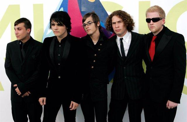 La Banda Estadounidense My Chemical Romance En Una Entrega De Premios