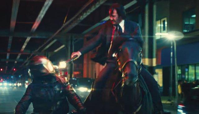 Keanu Reeves cabalga de nuevo en el tráiler de John Wick: Capítulo 3 - Parabellu