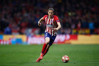Filipe Luis sufre una lesión muscular en el sóleo de la pierna izquierda