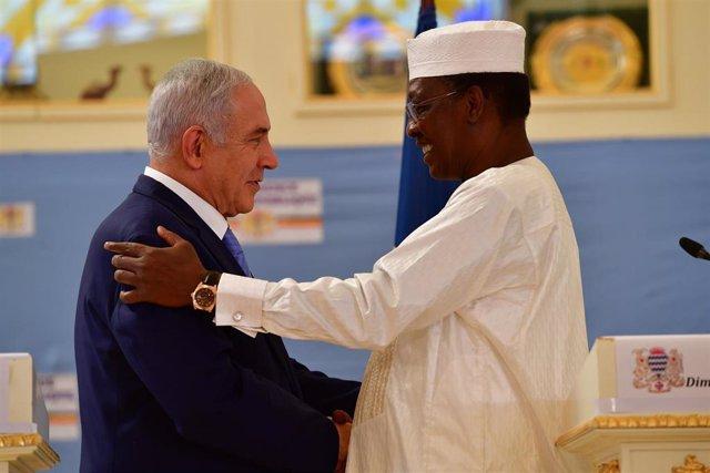 El presidente de Chad, Idriss Deby, y el primer ministro israelí, Benjamin Netan