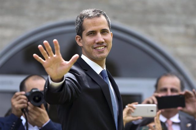 Juan Guaido meets EU representatives in Brazil