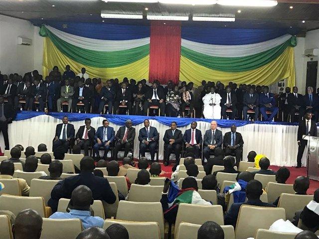 Firma del acuerdo de paz entre el Gobierno y 14 grupos armados en RCA
