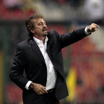 El argentino Ricardo La Volpe, nuevo entrenador del Toluca mexicano