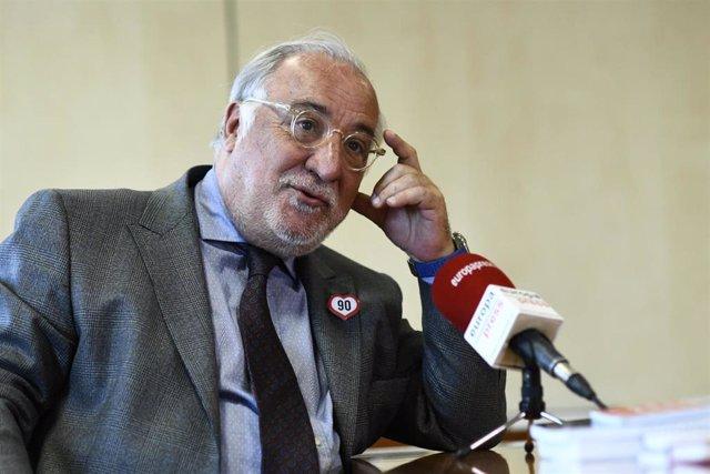 El director general de la DGT, Pere Navarro, en una entrevista con Europa Press