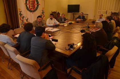 Los cursos de natación en las piscinas municipales de Valladolid congelarán sus precios para 2019