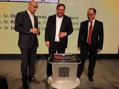 """Ciudadanos critica al PP por """"intentar pastelear"""" con la Generalitat de Cataluña antes del referéndum"""
