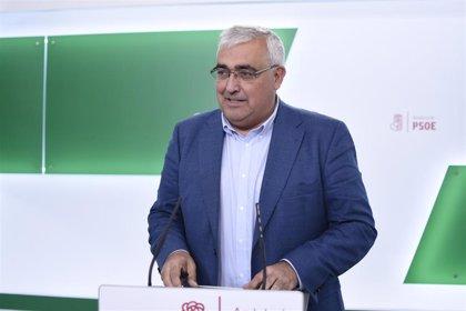 """PSOE-A acusa a Junta de """"mentir"""" sobre las listas de espera y le exige que aclare si tiene intención de """"privatizarlas"""""""