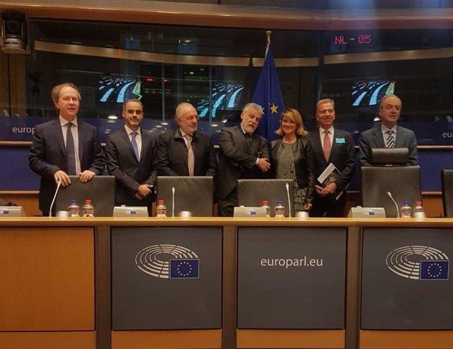 Estaràs demana que la UE i EUA potenciïn la seva cooperació turística per lidera
