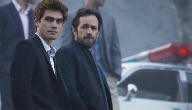 El rodaje de Riverdale sigue suspendido tras la muerte de Luke Perry