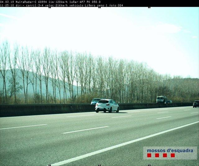 Successos.- Denunciat un conductor per anar a 216 quilòmetres per hora en l'AP-7