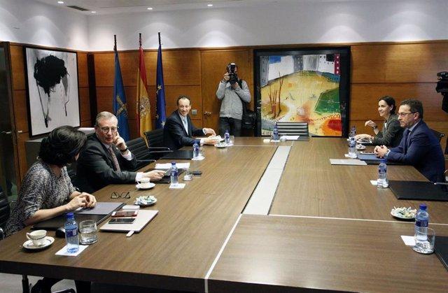 Consejo.- Autorizada la resolución de contratos con Autocares Hortal