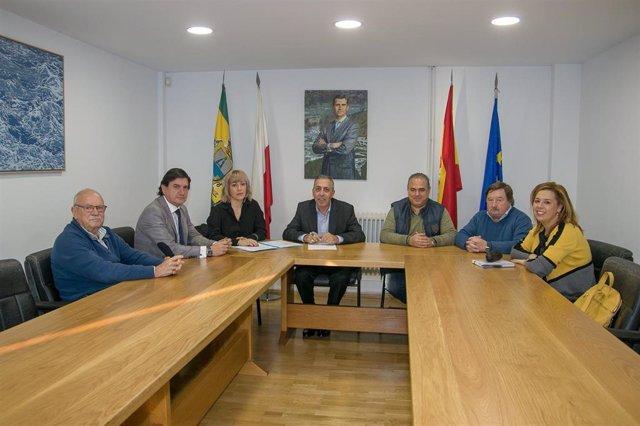 Vocales de PSOE, PRC y PP exigen dimisión del presidente de la Mancomunidad Mien
