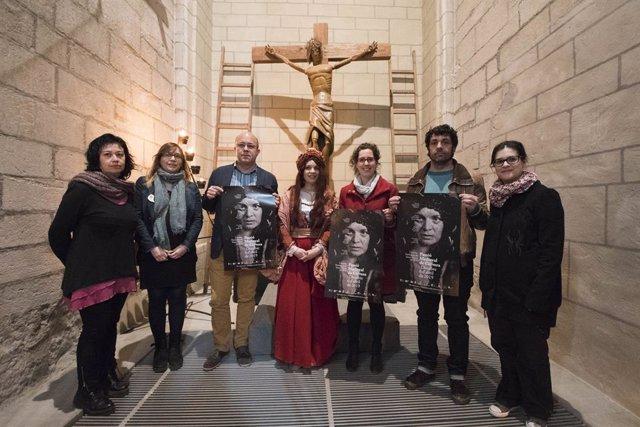 Alumnes de teatre s'incorporen a la Passió Medieval de Cervera (Lleida)