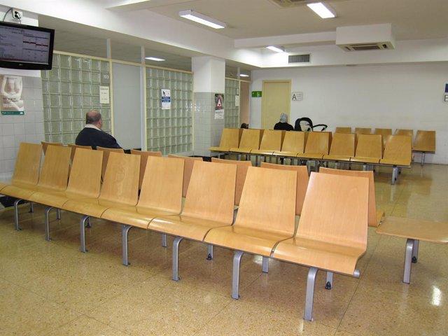 Sala d'espera En El CAP Mans De Barcelona