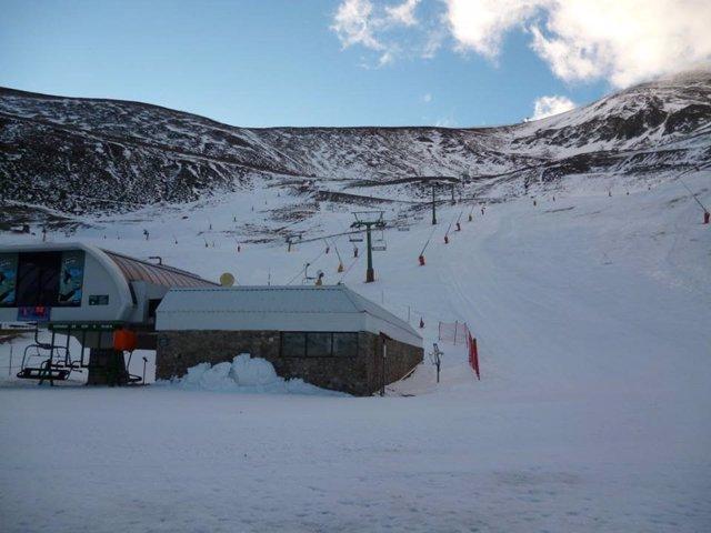 La estación de Valdezcaray, cerrada por fuertes vientos