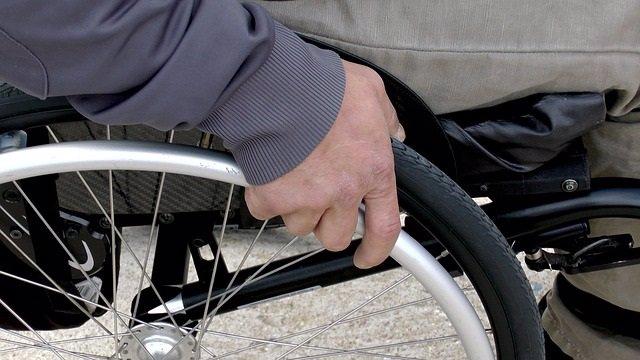 Silla de ruedas, esclerosis múltiple