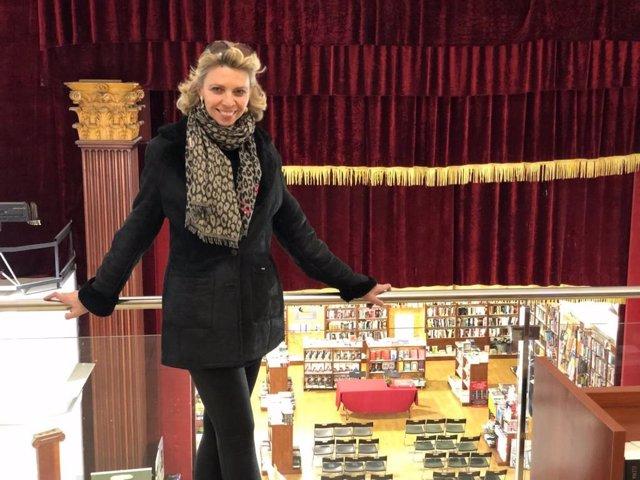 Sevilla.- 8M.- La mirada femenina de Marina Bernal en la librería Verbo para pre