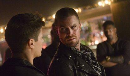 ¿El fin de Arrow adelanta que Oliver Queen morirá en Crisis en las Tierras Infinitas?