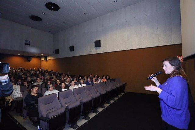 8M.- Armengol Asiste A La Presentación De Un Documental Sobre El Feminismo En Ba