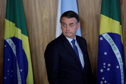 """Bolsonaro dice que """"la democracia y las libertades solo existen cuando las FFAA así lo quieren"""""""