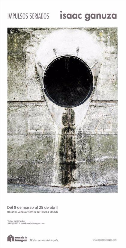 """La Casa de la Imagen muestra el """"particular universo"""" fotografiado por Isaac Ganuza en 'Impulsos seriados'"""